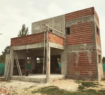 Foto Casa en Venta en  San Lucas ,  Countries/B.Cerrado (San Vicente)  San Lucas - En Pozo - Financiado en Pesos con ajuste al dolar Oficial