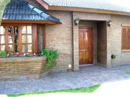 Foto thumbnail Casa en Venta en  Banco Provincia De Bs. As.,  Countries/B.Cerrado  Hermoso chalet en venta - Gorriti y Almafuerte - Country Banco Provincia