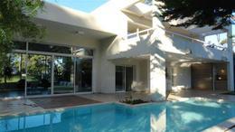 Foto Casa en Venta en  Playa Mansa,  Punta del Este  Boulevard Artigas y Avenida París