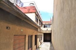 Foto Galpón en Alquiler en  Boedo ,  Capital Federal  Maza al 800