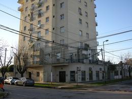 Foto Departamento en Venta en  Esc.-Centro,  Belen De Escobar  Hipólito Irigoyen  815