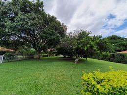 Foto Terreno en Venta en  Piedades,  Santa Ana  Plano / Condominio de 4 unidades / Árboles frutales