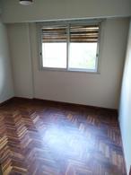 Foto Departamento en Alquiler en  Caballito ,  Capital Federal  Av. La Plata al 300