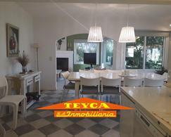 Foto Casa en Venta en  Pinamar ,  Costa Atlantica  Penelope