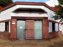Foto Oficina en Alquiler en  Martinez,  San Isidro  Monseñor Larumbe al 500