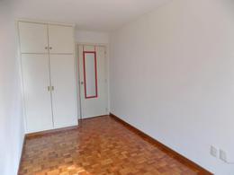 Foto Departamento en Alquiler en  Pocitos ,  Montevideo  26 de marzo y Pagola