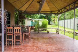 Foto Casa en Venta en  Uruca,  Santa Ana  1 Casa / 2 Apartamentos / Terreno 1300 m2 / Inversión