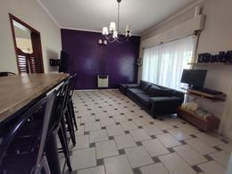Foto Casa en Venta en  Castelar,  Moron  ARRECIFES al 300