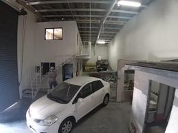 Foto Bodega Industrial en Renta en  Benito Juárez ,  Quintana Roo  Av. Colosio