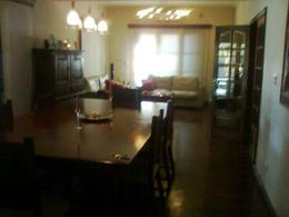 Foto Casa en Venta en  Adrogue,  Almirante Brown  SOLIER AL 800