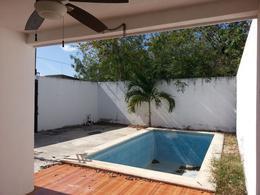 Foto Casa en Renta en  Pueblo Cholul,  Mérida  Casa en renta en Merida, Cholul, semi amueblada y con piscina.