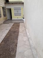 Foto Casa en Venta en  Lomas de Zamora Oeste,  Lomas De Zamora  RAMON FALCON al 1219
