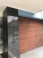 Foto Apartamento en Venta en  Pocitos ,  Montevideo  WTC - 2 dorm con patio y parrillero, garage!
