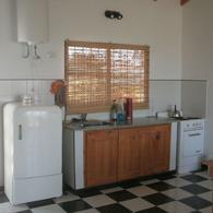 Foto Casa en Venta en  Villa Parque Sicardi,  La Plata  18 bis e/ 660 y 661