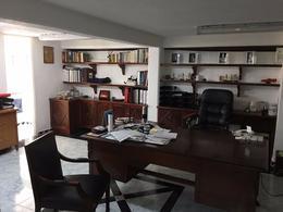 Foto Oficina en Venta en  Cancún Centro,  Cancún  Excelentes Oficinas en Avenida Tulum de 150 M2 muy céntricas!