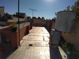Foto PH en Venta en  Lanús Este,  Lanús  GRAL DEHEZA 1835 Dto 2