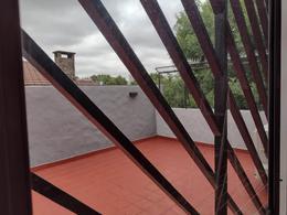 Foto Casa en Venta en  Flores ,  Capital Federal  Robertson al 700