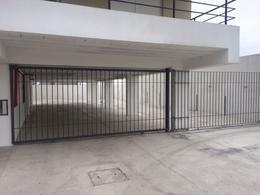 Foto Apartamento en Alquiler en  Maldonado ,  Maldonado  Avda Wilson Ferreira Aldunate