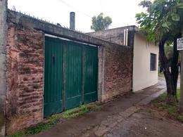 Foto Casa en Venta en  Barrio Parque Leloir,  Ituzaingo  Benito Linch al 4800
