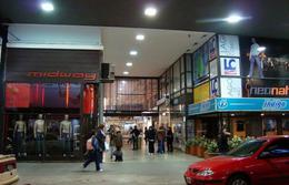 Foto Local en Alquiler en  Centro,  Rosario  Sarmiento al 800