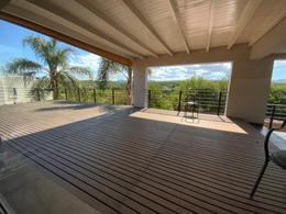 Foto Casa en Venta en  4 hojas,  Mendiolaza  Caseron en Country  4 Hojas - Mendiolaza