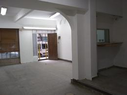 Foto Local en Alquiler en  Villa Crespo ,  Capital Federal  FRIAS al 200