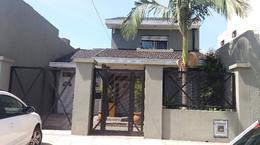 Foto thumbnail Casa en Venta en  Lanús Oeste,  Lanús  Canada 2566