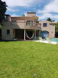 Foto Casa en Venta en  St. Mathews Village,  Pilar  Pilar casa grande en lote cul de sac barrio cerrado Saint Matthews