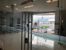 Foto Oficina en Renta en  Santa Ana ,  San José  Ubicación estratégica / 16 estacionamientos / Zona Franca