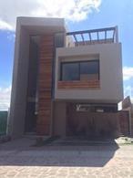Foto Casa en Venta en  El Marqués ,  Querétaro  CASA EN VENTA ESTILO MINIMALISTA  EN ZIBATA PRIVADA HUIZACHE QRO. MEX.