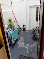 Foto PH en Alquiler en  Lanús Oeste,  Lanús  Av. H. Yrigoyen al 3000