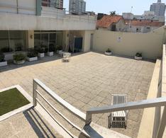 Foto Apartamento en Venta | Alquiler en  Península,  Punta del Este  Punta del Este - Calle 29 y 24 - Piso 3 - 1 dorm y medio - Gorlero a metros del puerto !!