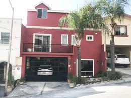 Foto Casa en Venta en  Pedregal la Silla 1 Sector,  Monterrey  CASA EN VENTA EN LA COLONIA PEDREGAL DE LA SILLA ZONA MONTERREY SUR