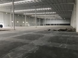 Foto Nave Industrial en Renta en  Santa Catarina ,  Nuevo León  Hacienda Sta. María, Santa Catarina, N.L.