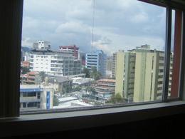 Foto Departamento en Alquiler en  Centro Norte,  Quito  LA MARISCAL SE RENTA DEPARTAMENTO DE DOS DORMITORIOS HERMOSA VISTA