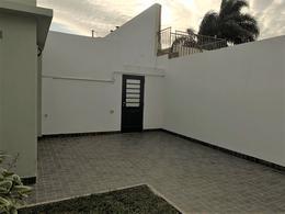 Foto Casa en Venta en  Alberdi,  Rosario  J.C PAZ 1044