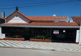 Foto Casa en Venta en  Coronel Pringles,  Coronel Pringles  25 de Mayo 368