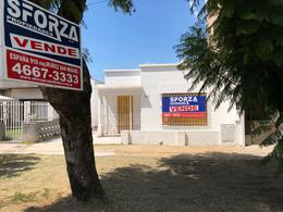 Foto Casa en Venta en  San Miguel ,  G.B.A. Zona Norte  ESPAÑA al 800