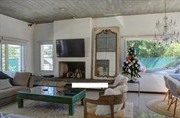 Foto Casa en Venta en  El Pinar ,  Canelones  Casa de 3 dormitorios, piscina, parrillero y garaje. Se vende con renta.
