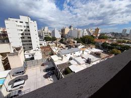 Foto Departamento en Venta en  General Paz,  Cordoba  ROMA al 300 - CON COCHERA INCLUIDA -