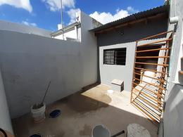 Foto PH en Venta en  Villa Elvira,  La Plata  8 E 82 y 83