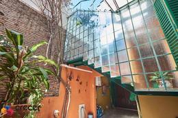 Foto Casa en Venta en  Colegiales ,  Capital Federal  ROSETI 1300