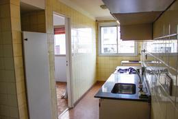 Foto Departamento en Venta en  Acas.-Vias/Santa Fe,  Acassuso  Urquiza  al 100