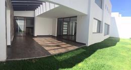 Foto Casa en Alquiler en  Quito ,  Pichincha  CUMBAYA CASA DE RENTA CON CUATRO DORMITORIOS (PR)