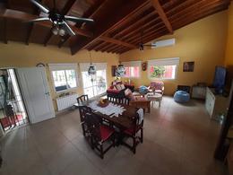 Foto Casa en Venta en  Adrogue,  Almirante Brown  Combate de Juncal  1044