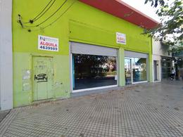 Foto Local en Alquiler en  Tiro Suizo,  Rosario  Av. San Martin al 5000
