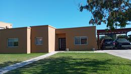 Foto Casa en Venta en  San Francisco,  Villanueva  San Francisco Villa Nueva al 100