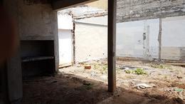 Foto Casa en Venta en  Concordia ,  Entre Rios  Rivadavia y Chabrillon