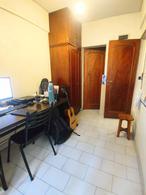 Foto Departamento en Venta en  Remedios De Escalada,  Lanús  Av Hipólito Yrigoyen al 6600