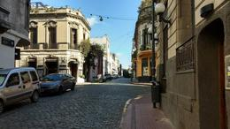 Foto Local en Venta en  San Telmo ,  Capital Federal  Estados Unidos al 200